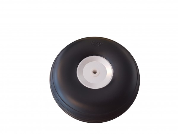 Ballon-Räder auf Alu-Felge 95x32mm 5mm Achsen.