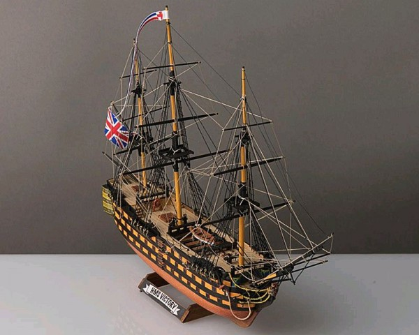 HMS Victory 1:310 Baukasten