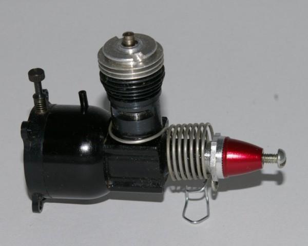 COX Motor Black Widow 0,8 ccm