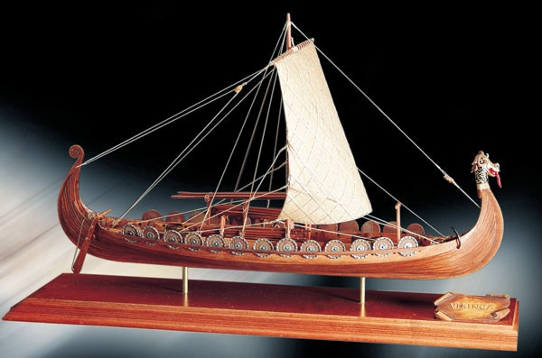 Wikingerschiff Oseberg 1:50 B